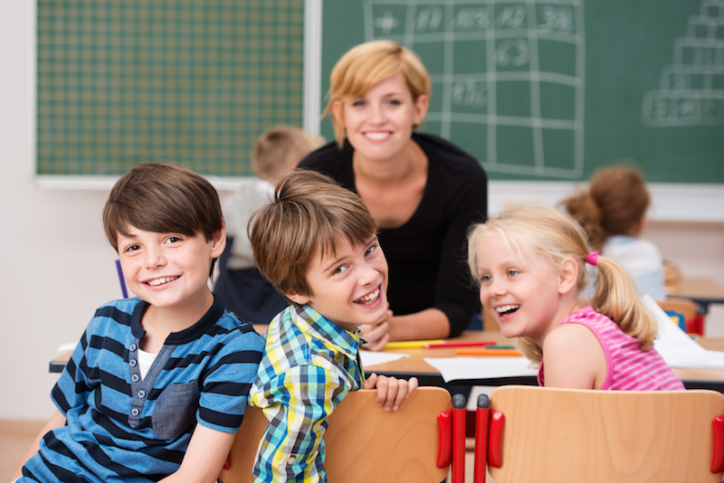 Educación niños padres y profesores